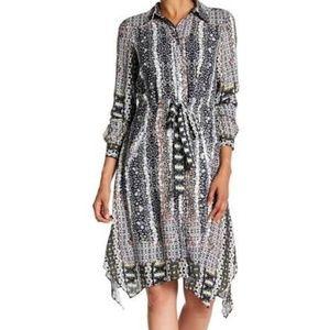 Feminine and smart print dress
